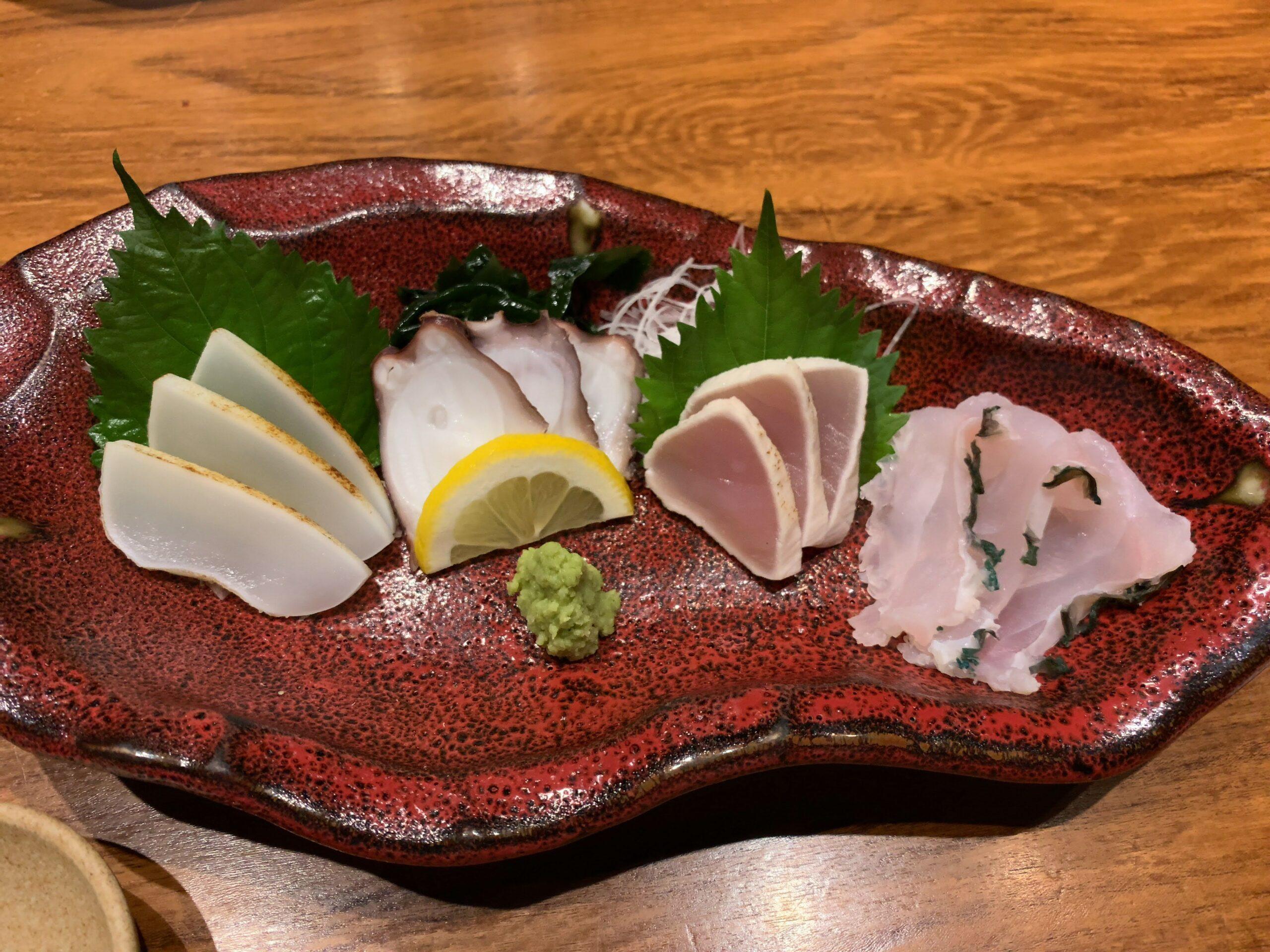 竹富島銀座沖縄のお魚の刺身